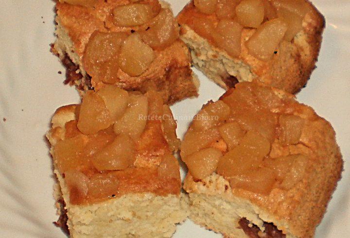 Prăjitură cu vişine şi mere