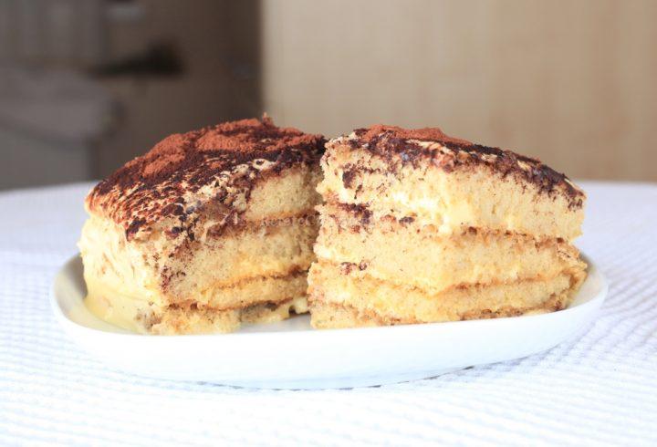 Prăjitură (tort) italiană tiramisu