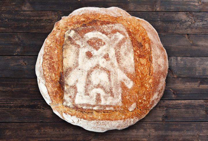 Pâine intermediară cu drojdie sălbatică, fără frământare