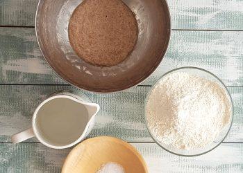 ingrediente pâine cu maia naturală, fără drojdie