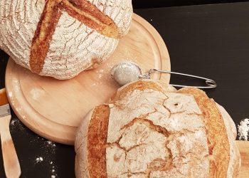 pâine de casă cu drojdie sălbatică